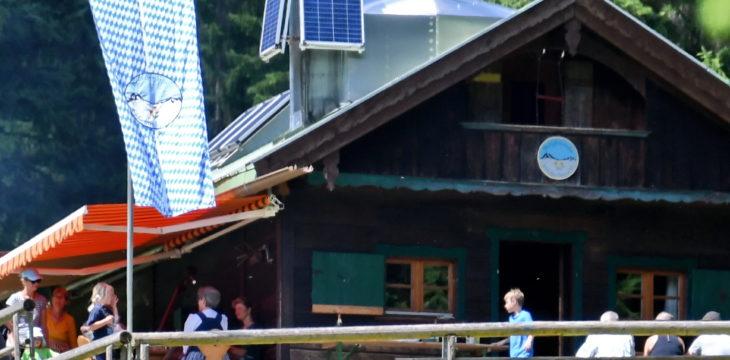 1. Stammtisch der Bergfreunde Holzkirchen auf der Hütte in der Schwarzentenn